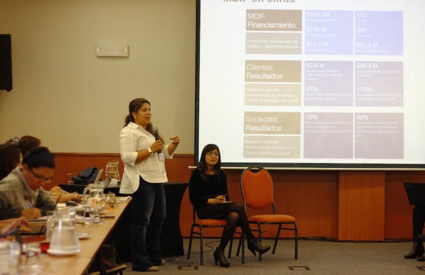 Maria Catalina Colmenares en el Encuentro Latinoamericano de Periodismo Emprendedor e Innovador. Foto: Germán Olano/ UPC.