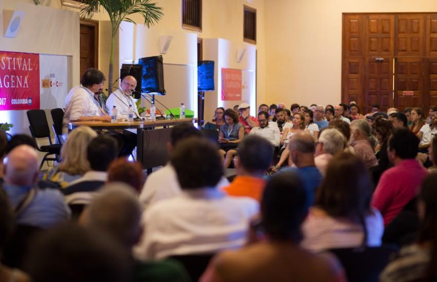 Jaime Abello Banfi y Daniel Samper Pizano durante el Hay Festival 2017. Foto: FNPI.
