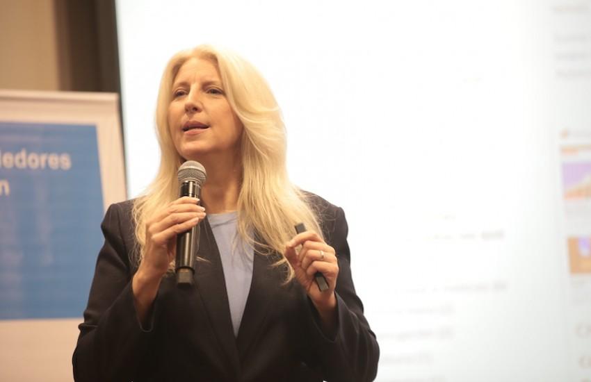 Janine Warner, cofundadora y directora ejecutiva de SembraMedia.