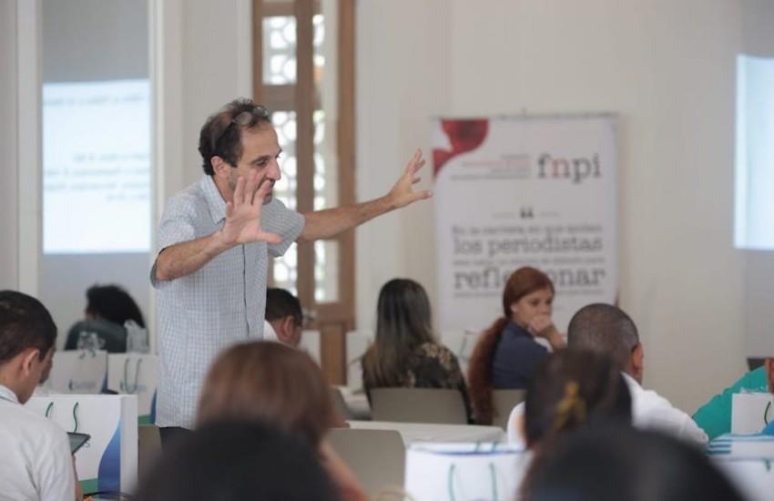 Marcelo Franco, maestro de la FNPI durante la actividad en Cartagena. Foto: Emmanuel Upegui / FNPI.