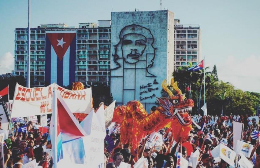 La Habana durante las marchas del 1 de Mayo de 2019. Fotografía: Patrick Oppmann (@cubareporter) en Instagram. Usada con autorización.
