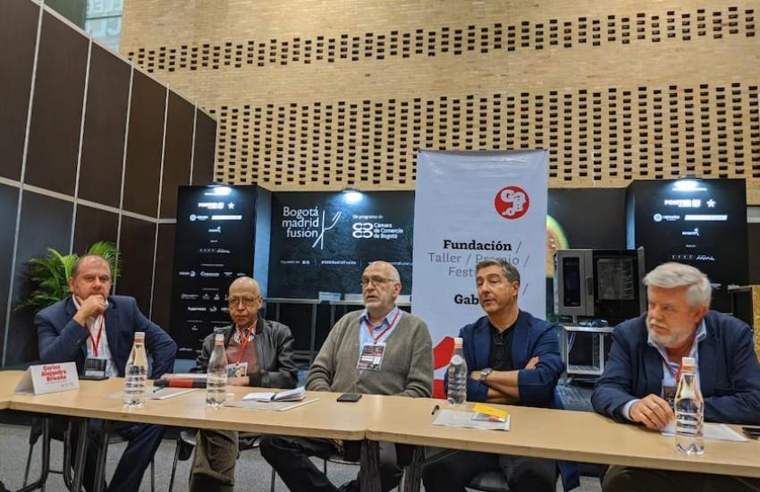 Benjamín Lana, Julián Estrada, Ignacio Medina, Joan Roca y Carlos Maribona en el tercer día del seminario Periodismo gastronómico.