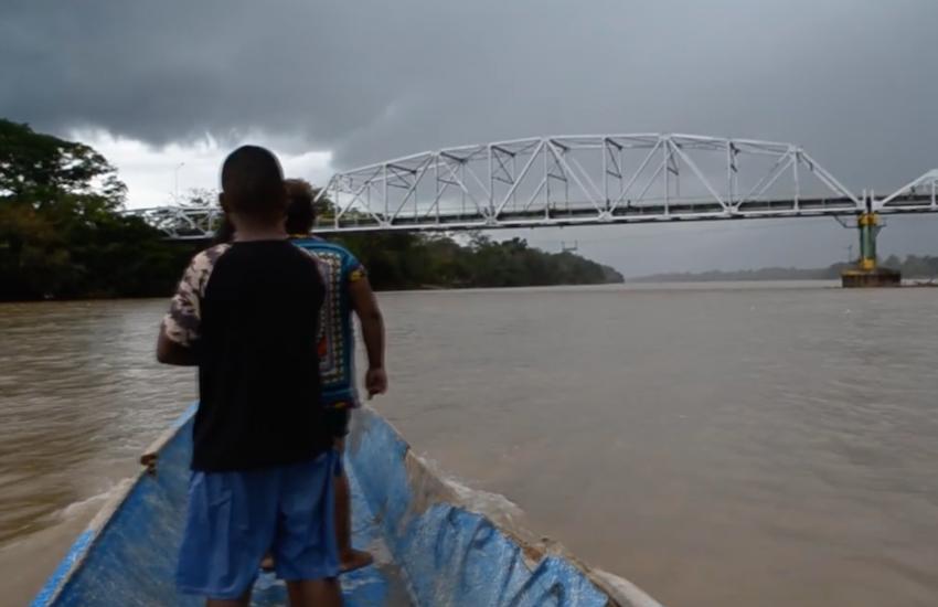 Fotograma del documental 'Buscar la vida: dos pueblos y un río'.