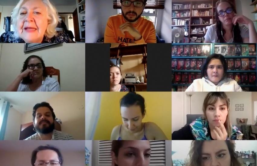 Captura del taller virtual, dirigido por Mónica González.